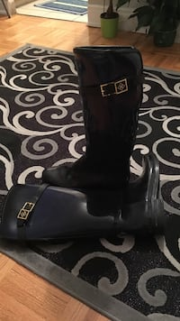 Rain boots dark blue to black very good condition used max 5 times size:40 Toronto, M4S 1J9