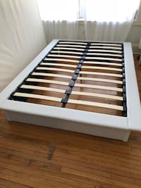 Whitewooden slatted bed frame Miami, 33137