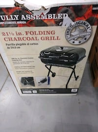 Portable charcoal grill brand new in the box Puyallup, 98374