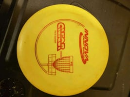 Disc golf. Innova Aviar