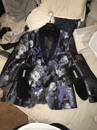 black and purple floral zip-up jacket Gwynn Oak, 21207