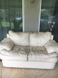 Off White leather loveseat Orlando, 32817