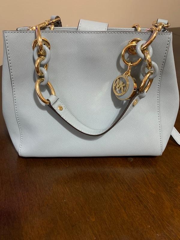 e20a8be94346 Used women s white leather Michael Kors 2 way bag for sale in Paterson