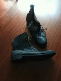 pair of black leather boots Nashua, 03060