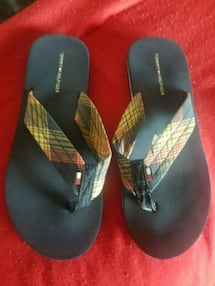 Sandals TH size 6 womens