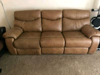 Brown leather couch UPR MARLBORO, 20774