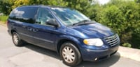 2005 - Chrysler - Town and Country UPPR MARLBORO