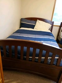 Full size bed with mattress