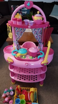 play kitchen & doll care set