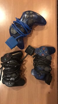 Playstation 2 Controllers Washington, 20011