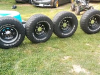 305/70/16 tires and rims in perfect condition 8 lu Hyattsville