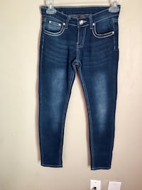 Girls jeans size 10. Oklahoma City, 73108