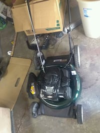 LAWNMOWER EXCELLENT CONDITION LESS THAN 2 MONTHS O Stockton