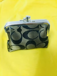 Brand New Coach coin pouch! TORONTO