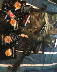Complete paintball package  Saint Clements, N0B 2M0
