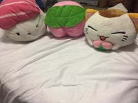 3 cute pillows  Wilmington, 28411