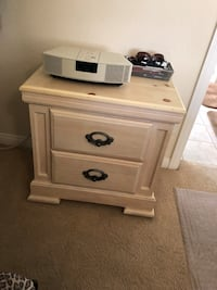 Cream wood king bedroom set. 2 night stands. Dresser wth mirror chest. Mattress not included Las Vegas, 89139