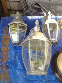 Outdoor entry lights