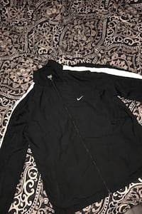 Nike Mens Medium jacket