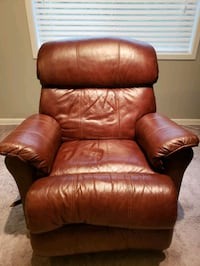 Leather Recliner  Silver Spring, 20906