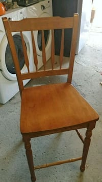Table set with 6 chairs Laval, H7X 3M2