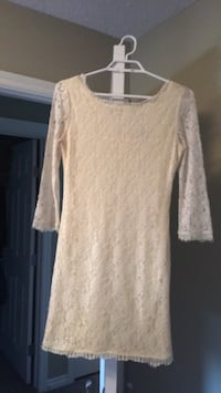 White lace dress Edmonton, T6W 3C7