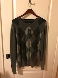 Tommy Hilfiger size m with tag Toronto, M9W 4M1