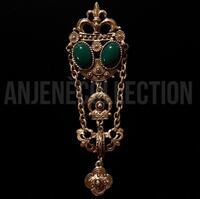"""Vintage green and gold """"Chained"""" brooch Norfolk, 23502"""