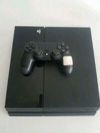 black Sony PS4 console with controller Waco, 76710