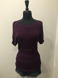 New purple top size S