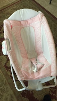 baby's white and pink cradle n ding Stafford, 22556