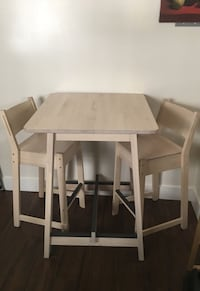 Small dining table Long Beach, 90804