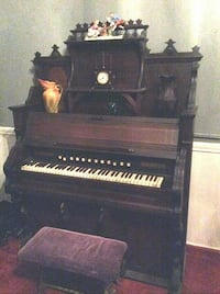 Mason and Hamlin upright reed organ