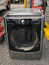 LG front load electric washer & dryer