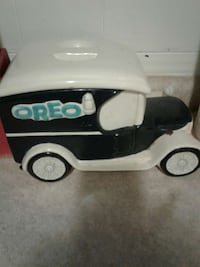 Collectable Oreo jar delivery truck Essexville, 48732
