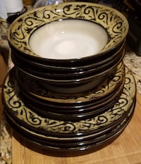 4 piece plate setting (3 sets) Lindale, 75771