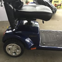 Mobility scooter with electric lift for receiver (Negotiable) Aberdeen, 21001