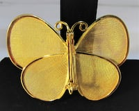 1970's VINTAGE GOLD TONE BUTTERFLY BROOCH/PIN