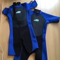 Medium wetsuit blue and black