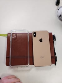Two white and brown smartphone cases 1023 mi