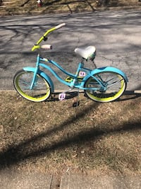 blue and yellow cruiser bike Old Bethpage, 11804
