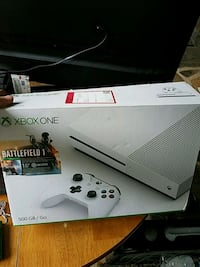 Xbox One S w/controller Leesburg, 20176