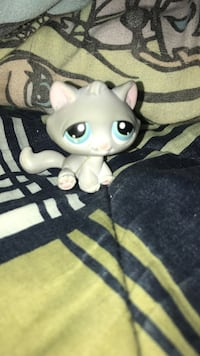 gray Littlest Pet Shop cat toy New Haven, 46806