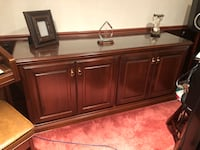 Beautiful solid cherry office desk & credenza  w glass too Clinton, 48038