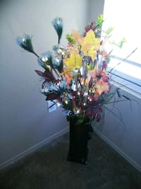 Fall lighted artificial flower arrangement with black wood stand up va Rio Rancho, 87124