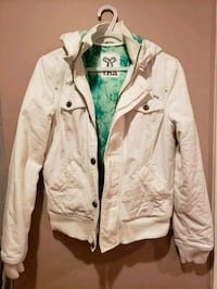 TNA white Jacket Medium  Langley, V2Y 2Z3