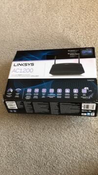 Wifi router Linksys AC1200,