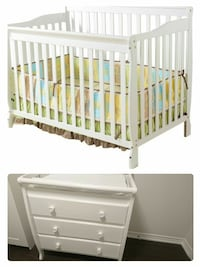 Baby crib and drawer like a new