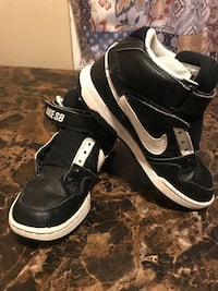 Nike's size 3 in good used condition