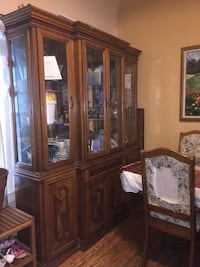 brown wooden framed glass china cabinet Bellwood, 60104